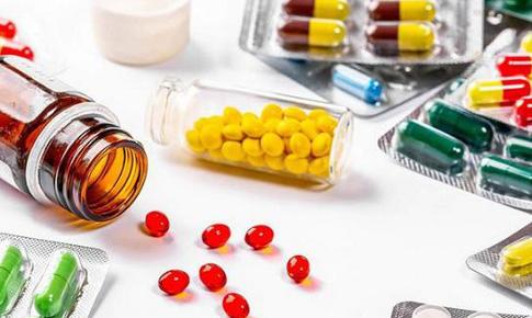 Cảnh báo biến cố nghiêm trọng của thuốc trị viêm khớp và viêm loét đại tràng