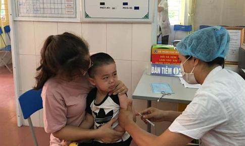 Bảo vệ trẻ trước các bệnh truyền nhiễm khi quay trở lại trường mùa dịch