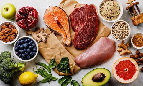 Khuyến cáo của chuyên gia dinh dưỡng với người mắc COVID-19 theo từng mức độ bệnh