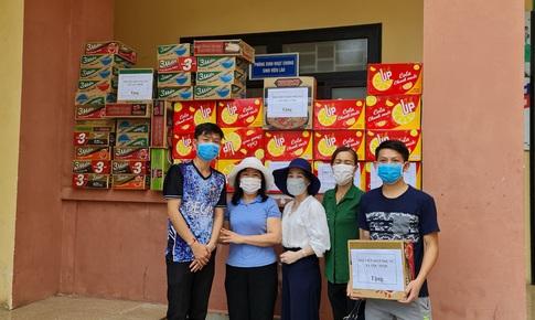 Ấm lòng lưu học sinh Lào giữa mùa dịch