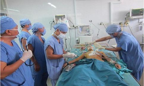 Khánh Hòa: Ứng dụng kỹ thuật gây tê cạnh cột sống trong phẫu thuật nội soi phổi
