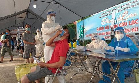 Chùm ảnh: Tấn công dịch ở Thuận Thành