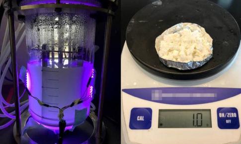 Vi khuẩn 'nhai' CO2 tạo ra nhựa & nhiên liệu thân thiện với môi trường