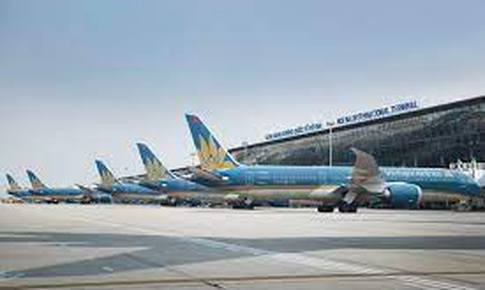 Tạm dừng các chuyến bay quốc tế đến sân bay Nội Bài