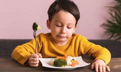 Bài thuốc trị trẻ đầy bụng do hư trướng