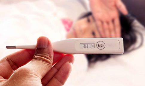 Phân biệt cảm sốt thông thường và sốt xuất huyết