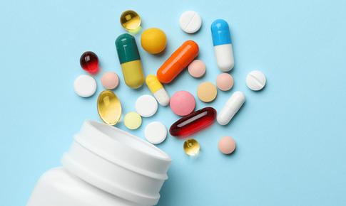 Dùng thuốc để khỏe: Chớ tùy tiện