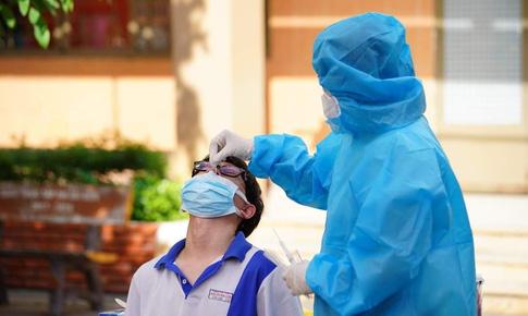 Bộ Y tế: Củng cố hệ thống cơ sở khám chữa bệnh đảm bảo cấp cứu, điều trị bệnh nhân COVID-19