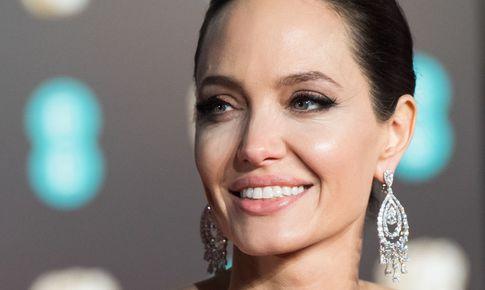 Lý do đau lòng khiến Angelina Jolie không muốn tái hôn