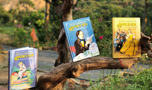 Đấu giá sách đặc biệt  Hans Christian Andersen ủng hộ bệnh viện K