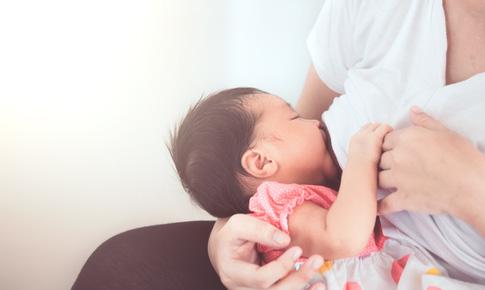 HMO là gì và nó quan trọng thế nào với trẻ sơ sinh và trẻ nhỏ?