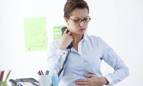 Làm sao để biết bị viêm đại tràng thể hàn hay thể nhiệt?