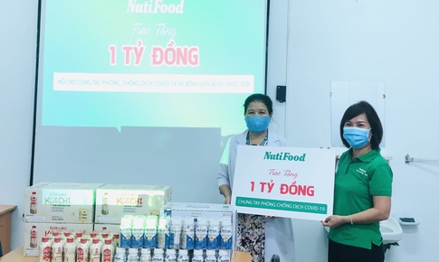 Nutifood trao tặng hơn 5 tỷ đồng cho các bệnh viện tuyến đầu chống dịch COVID-19