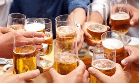 Vì sao Bộ Y tế đề xuất kiểm soát quảng cáo bia ?