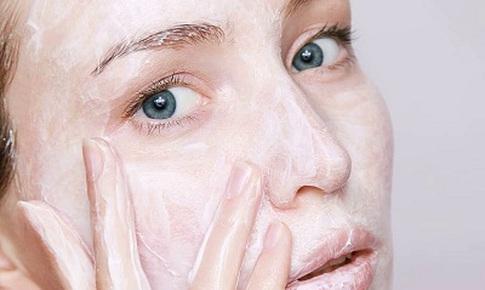 Lạm dụng chất làm sáng da có thể gây rối loạn hormone trong cơ thể