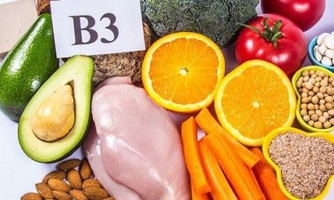 Gót chân khô, nứt cảnh báo cơ thể thiếu vitamin B3